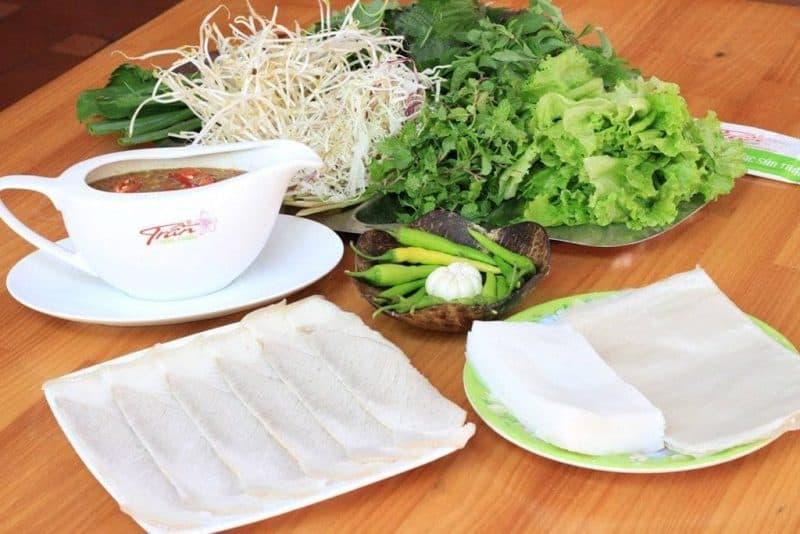 Những quán bánh tráng cuốn thịt heo Đà Nẵng mà bạn nên thử một lần