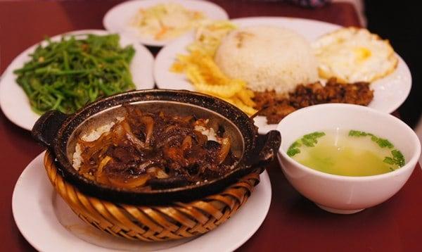 Top 5 quán cơm niêu Đà Nẵng nổi tiếng - vẻ đẹp ẩm thực xưa