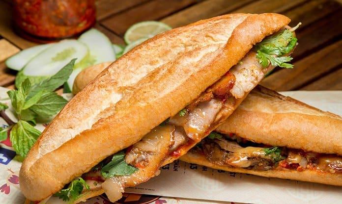 Điểm danh 9 tiệm bánh mì Đà Nẵng ngon bá cháy - Bạn đã thử hết chưa?
