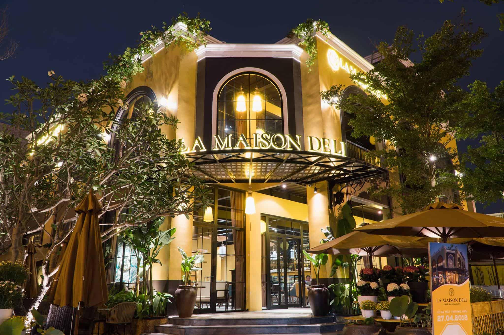 Top 10+ nhà hàng Đà Nẵng níu chân thực khách chẳng nỡ rời